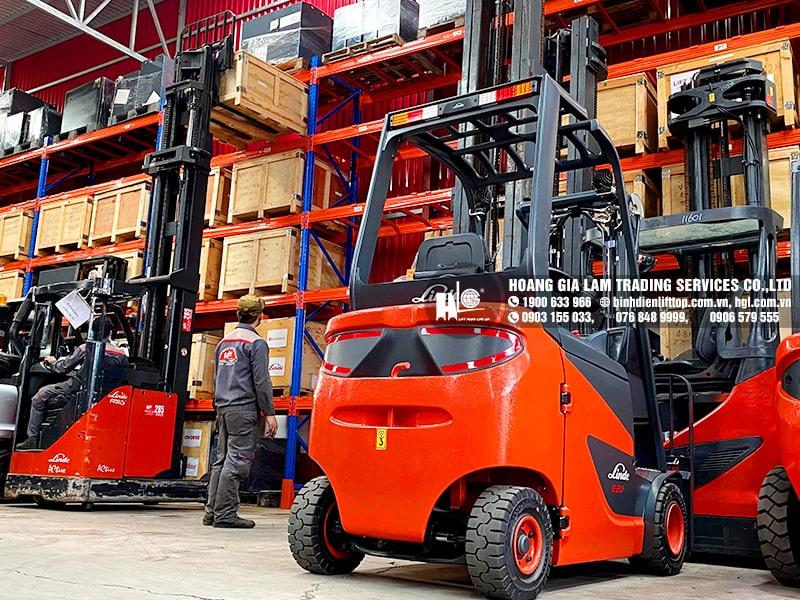 Hàng mới về 6.2021: Container bình điện xe nâng LIFTTOP (HITACHI)